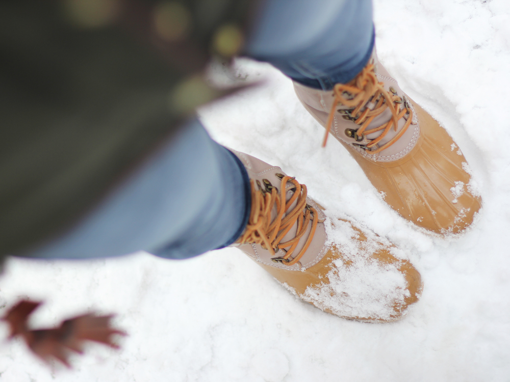 Skirt The Rules // Sperry Top Sider Snow Boots