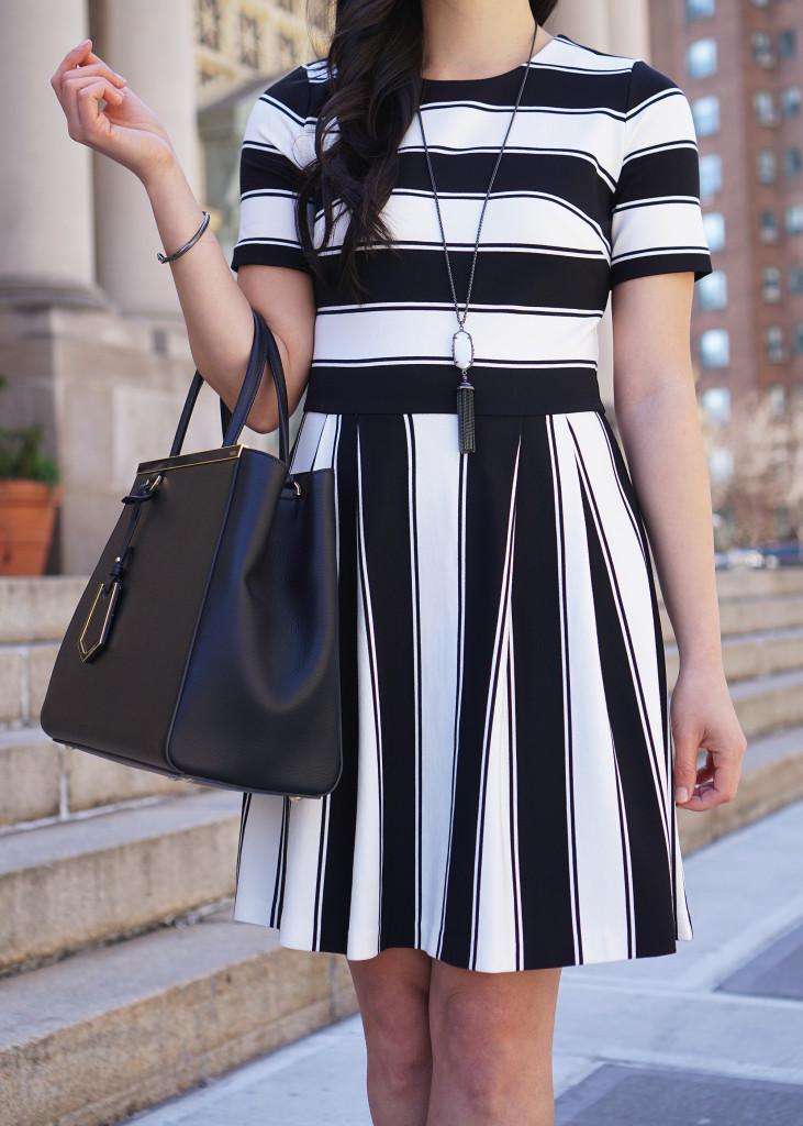 Skirt The Rules / Cute Black & White Dress