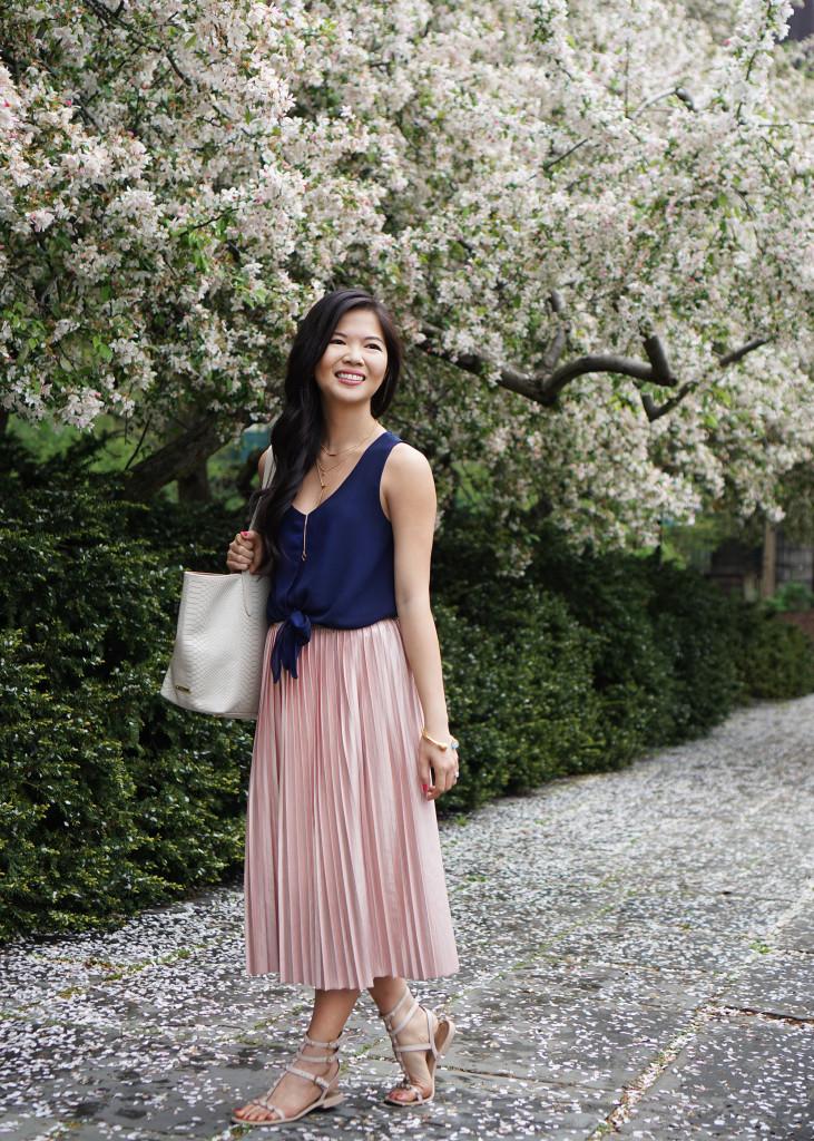 Skirt The Rules / Pink Pleated Midi Skirt
