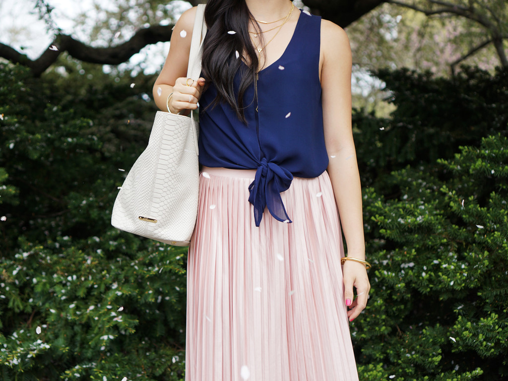 Skirt The Rules / Navy & Pink Outfit for Spring