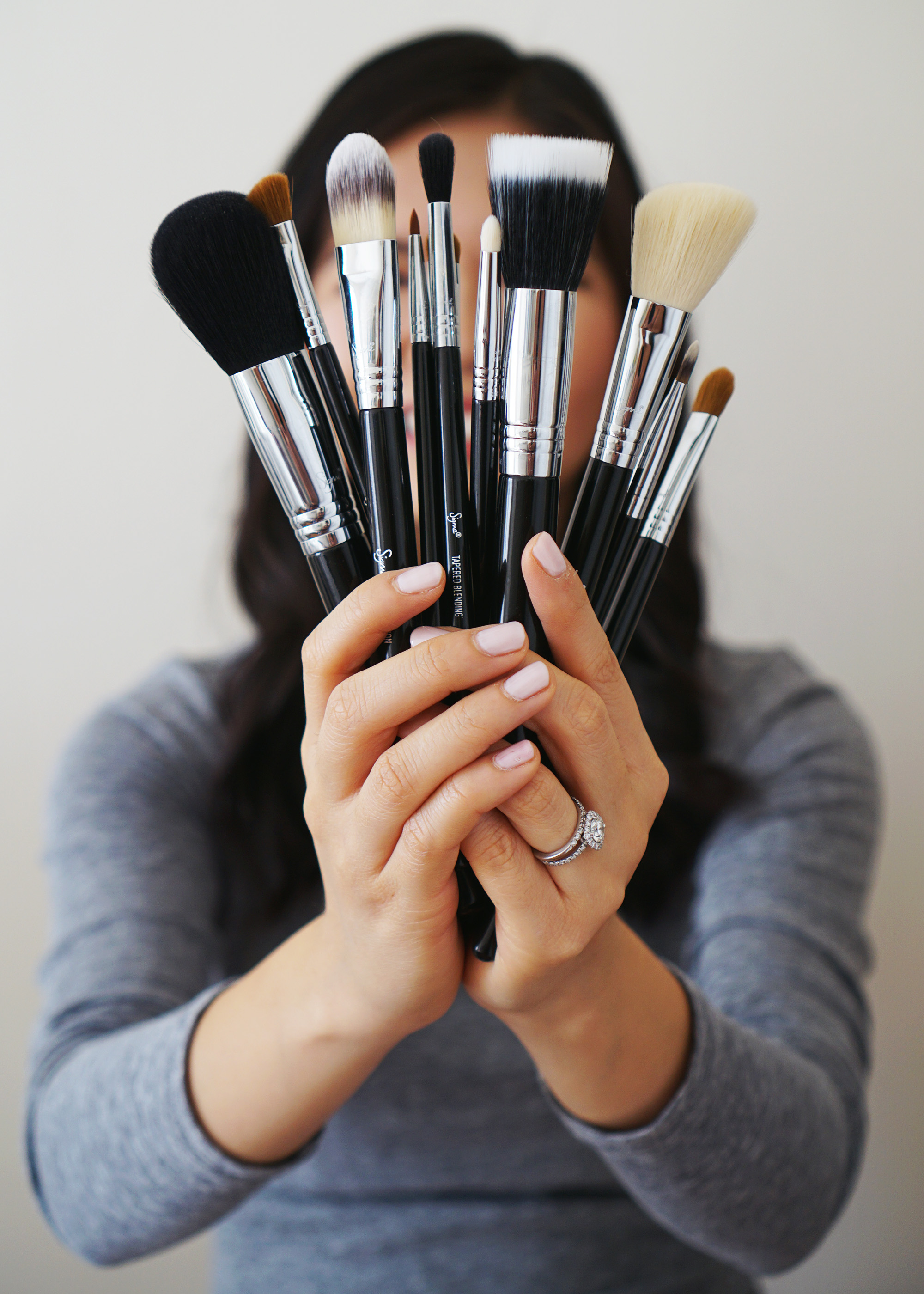 Beauty Tips: How to Choose the Right Makeup Brushes