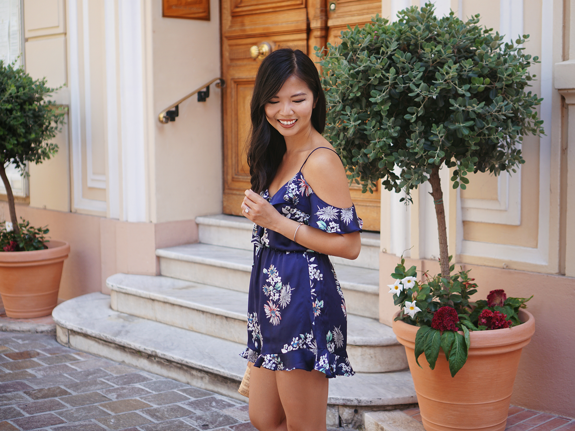 Summer Outfit Inspiration / Floral Cold Shoulder Romper
