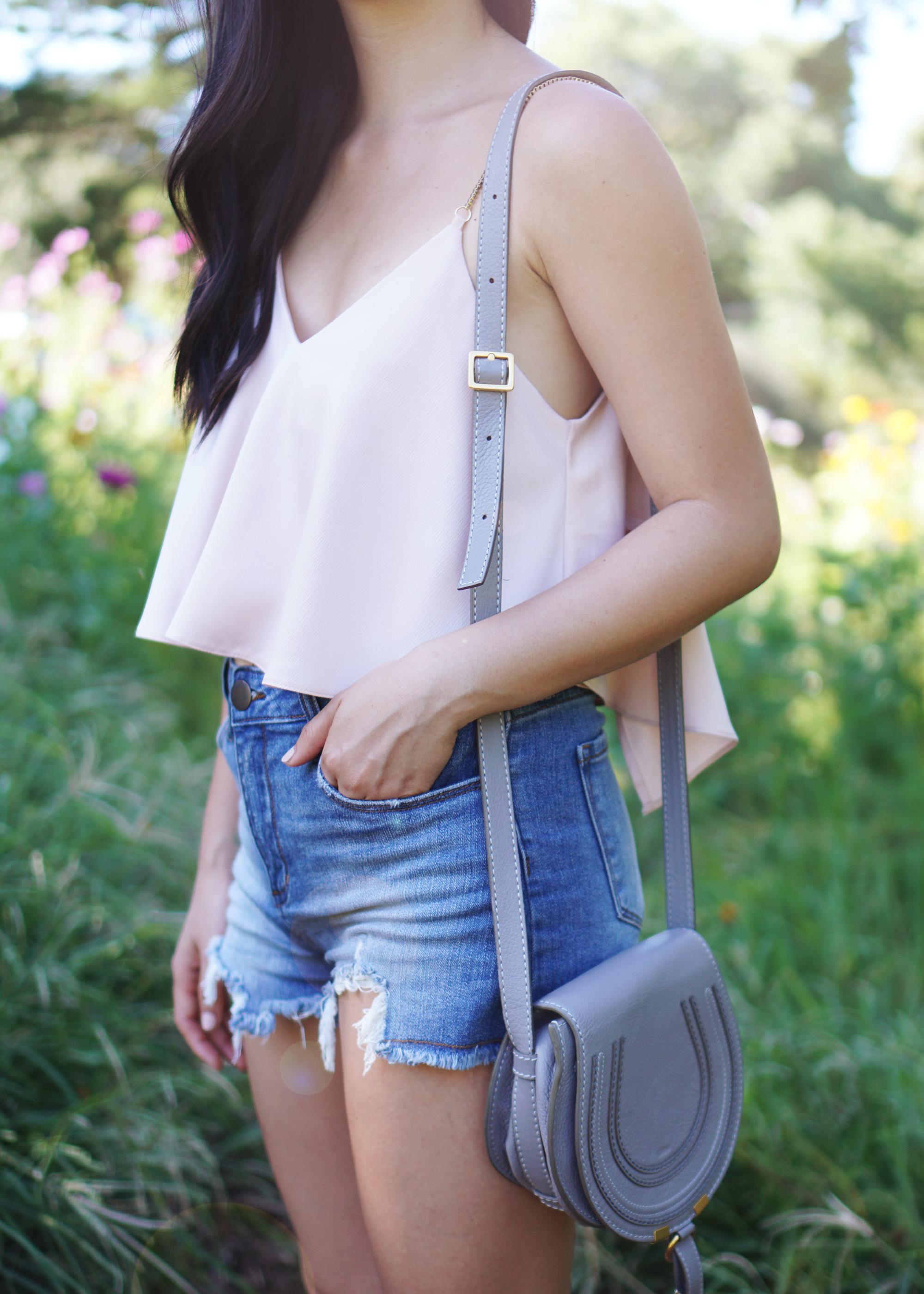 Summer Style / Pink Crop Top & High Waisted Denim Shorts