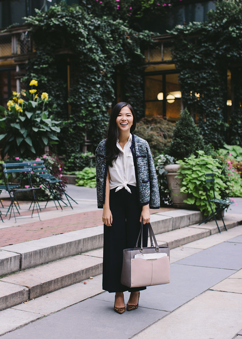 What to Wear to Work in the Fall / Wide Leg Pants & Tweed Jacket