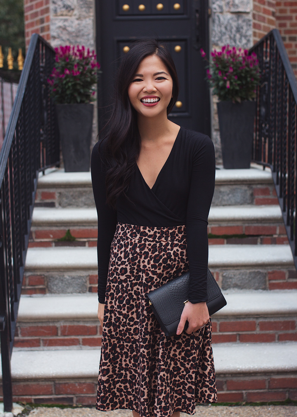 Fall Style Inspiration / Black Bodysuit & Leopard Midi Skirt