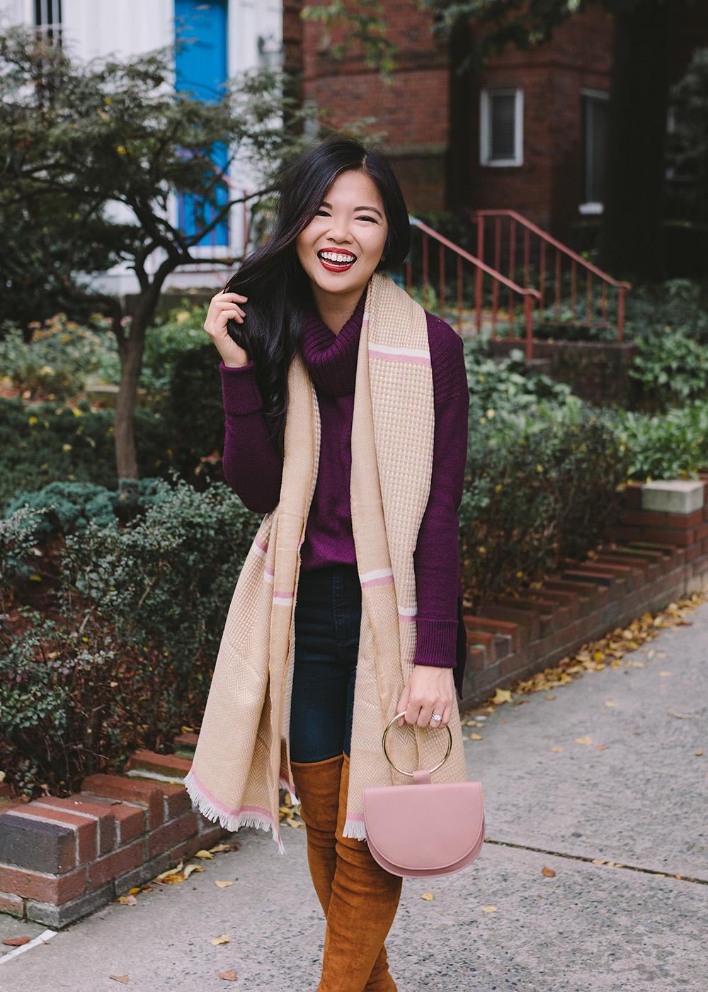 Fall Fashion 2018 / Dark Purple Sweater & Tan Scarf