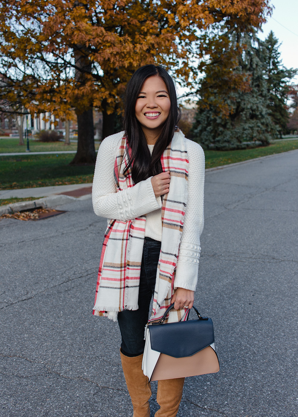 Fall Outfit Idea / Cream Textured Sweater & Plaid Scarf