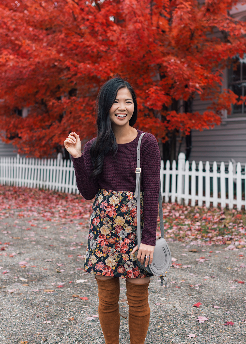 Fall Outfit Ideas // Burgundy Sweater & Floral Skirt