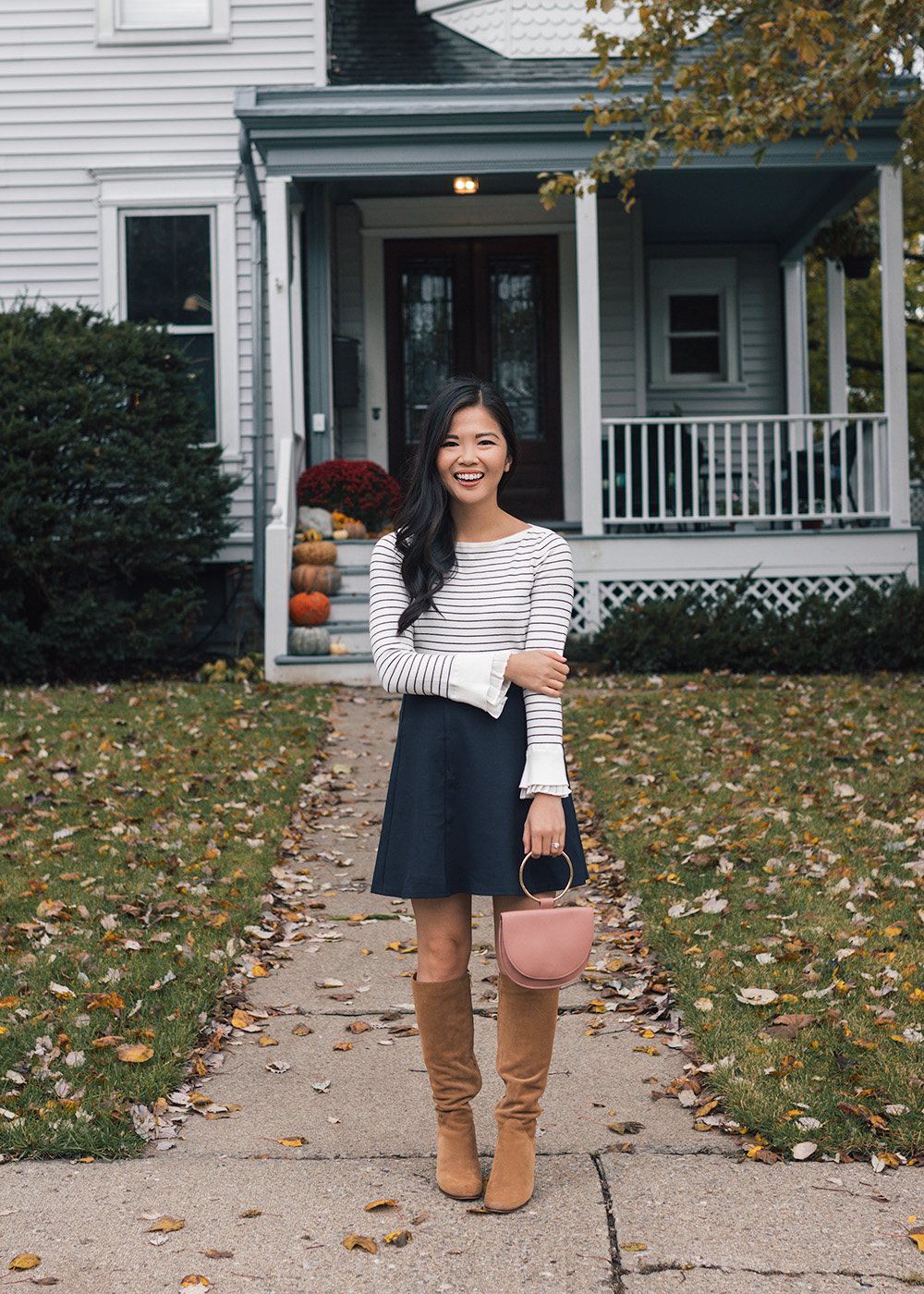 Fall Style // How to Wear a Skirt with Boots