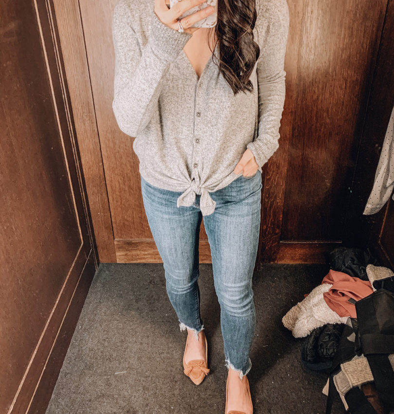 Casual Outfit Idea / Tie Front Henley