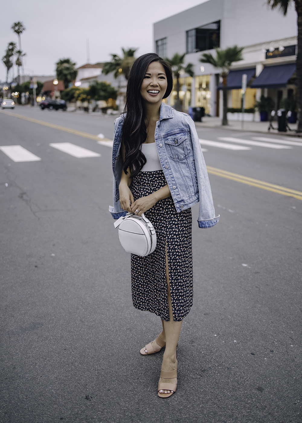 Casual Summer Outfit: Denim Jacket & Floral Midi Skirt